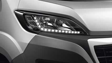 /image/75/7/peugeot-boxer-photo-led-1920.168757.jpg